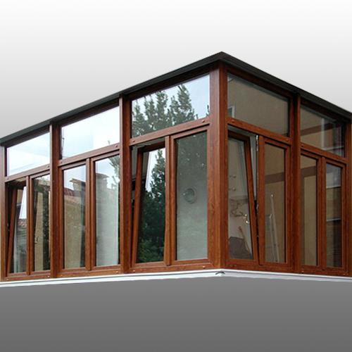 5 finestre in pvc 1 porta blindata colore legno for Finestre pvc gia pronte
